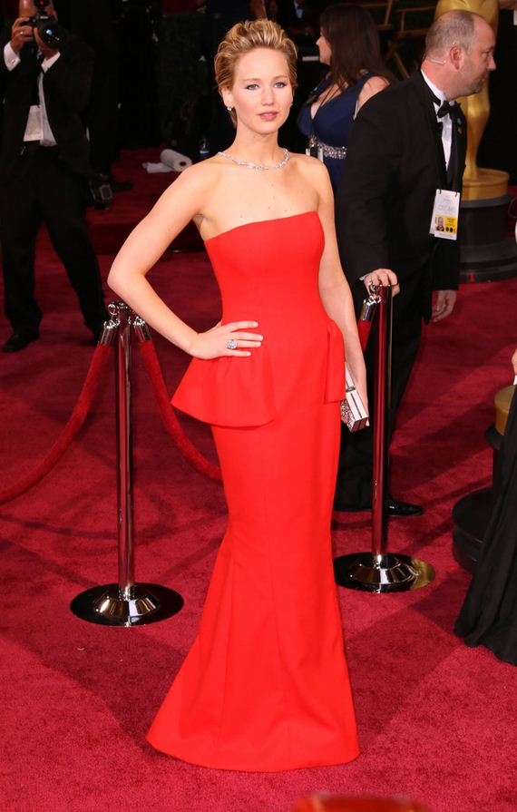 gallery_enlarged-jennifer-lawrence-red-carpet