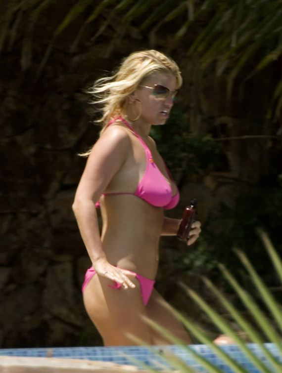 gallery_enlarged-jessica-simpson