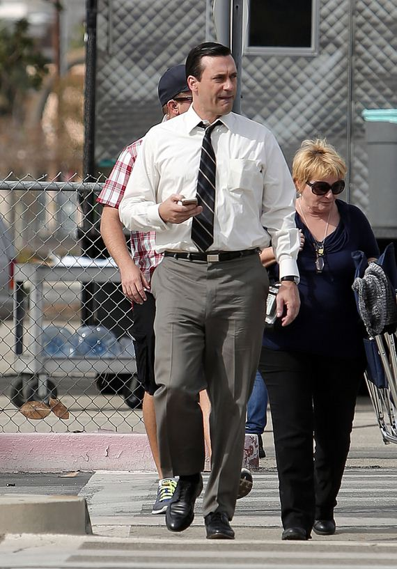 gallery_enlarged-jon-hamm-penis-pants