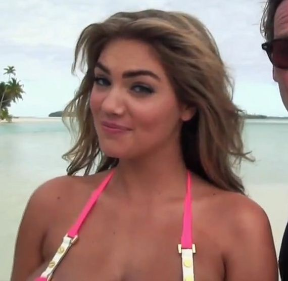 gallery_enlarged-kate-upton-man-troubles