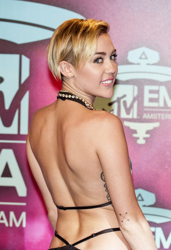 gallery_enlarged-miley-cyrus-s-and-sex