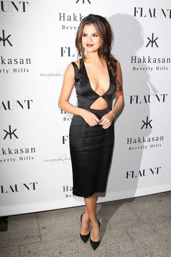 gallery_enlarged-selena-gomez-flaunt