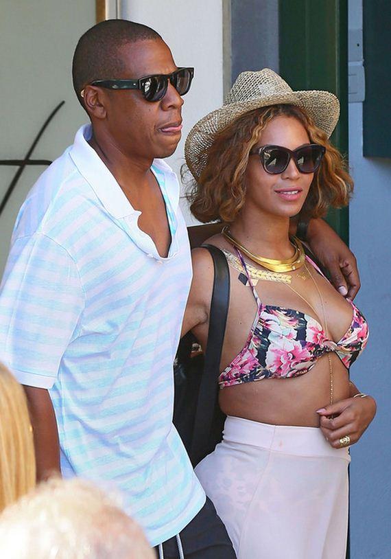 gallery_main-Jay-Z-Weak-Legs-1