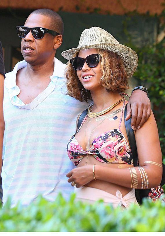 gallery_main-Jay-Z-Weak-Legs