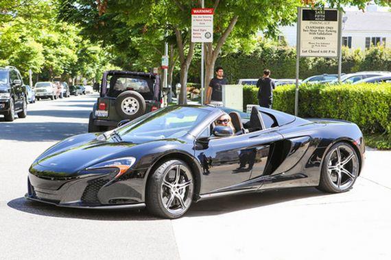 gallery_main-Paris-Hilton-McLaren