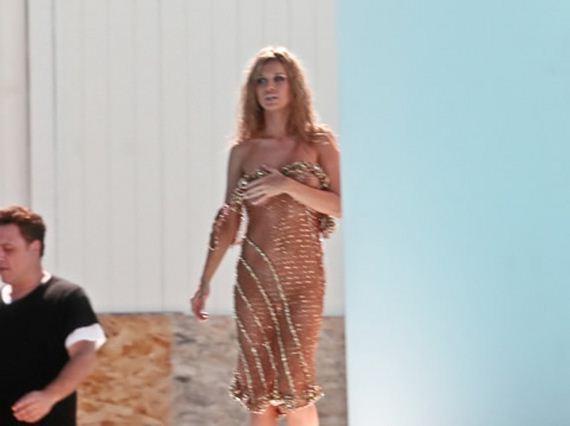 gallery_main-joanna-krupa-topless