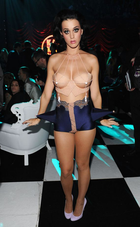 gallery_main-katy-perry-sexy-outfits