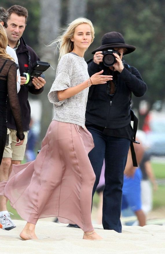 isabel-lucas-knight-of-cups-set