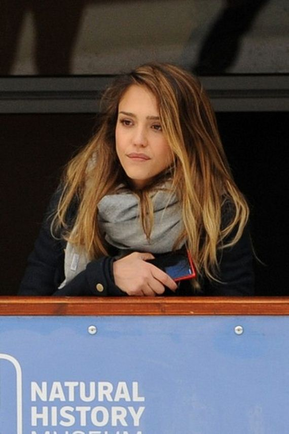 jessica-alba-takes-honor-skating