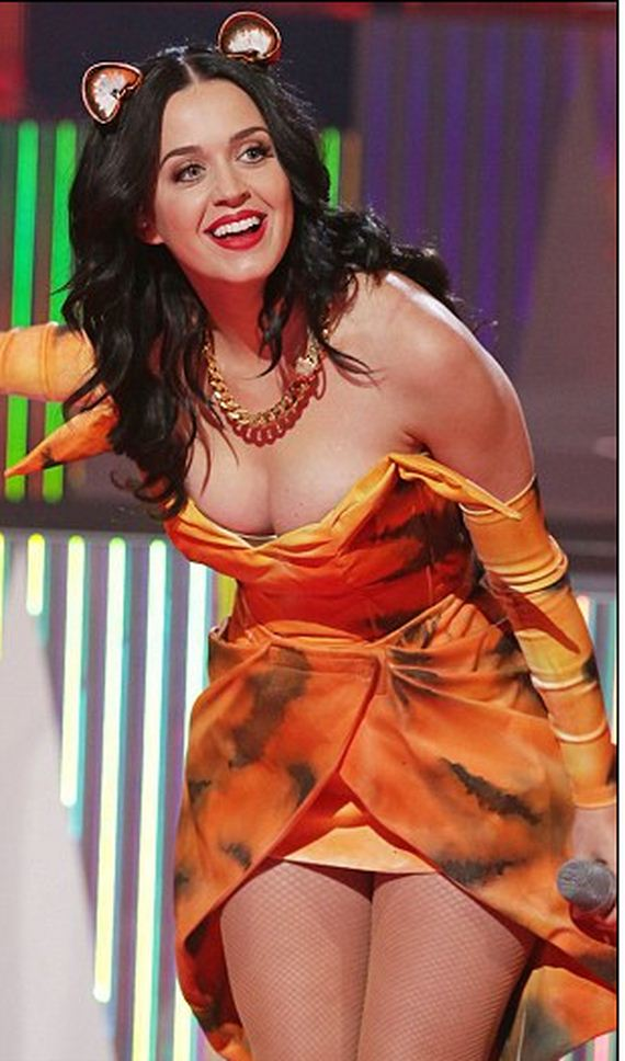 katy-wows -Xfactor-tigress