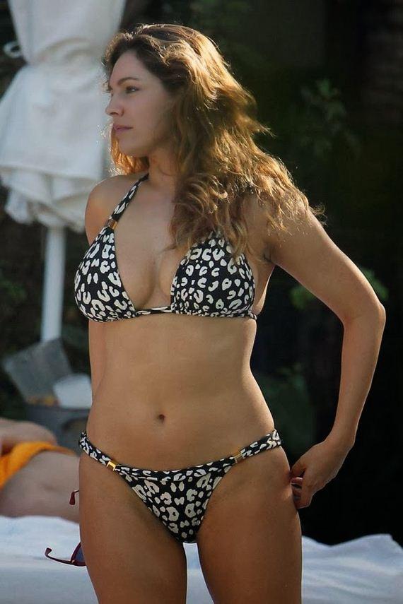 kelly-brook-bikini-6