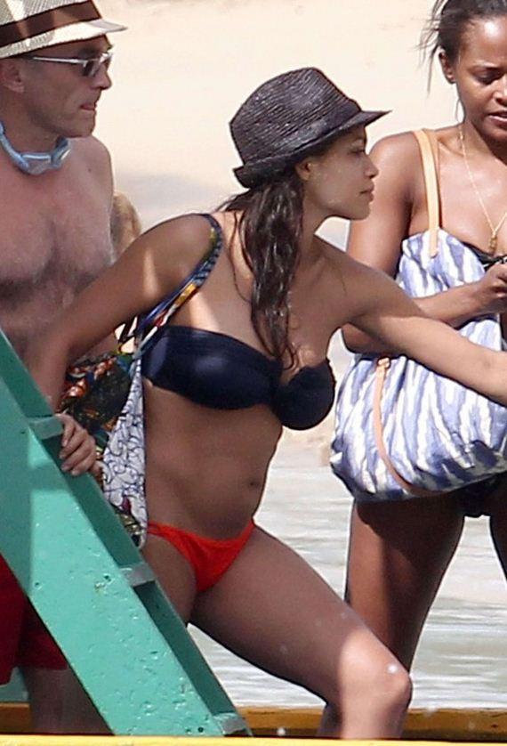 rosario-dawson-bikini
