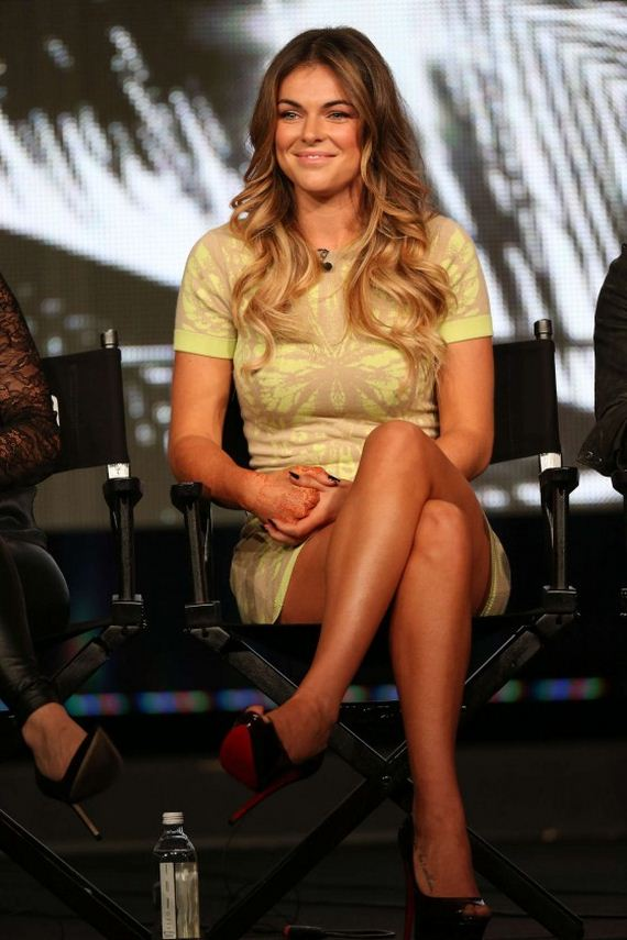 serinda-swan-in-short-dress