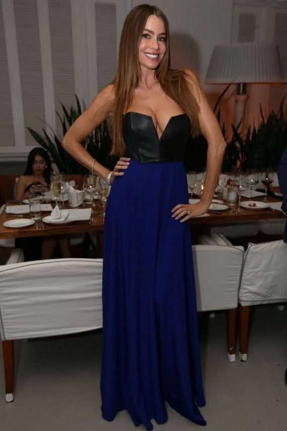 sofia-vergara-in-long-dress
