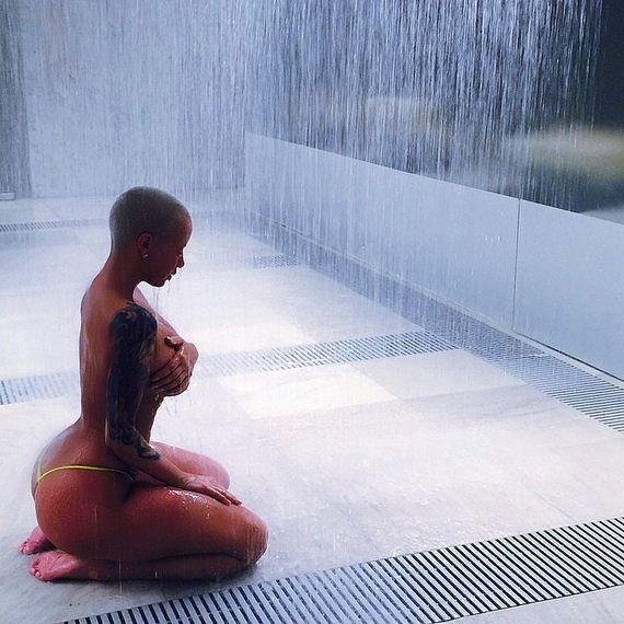Amber-Rose-Sexy-Instagram-Pictures