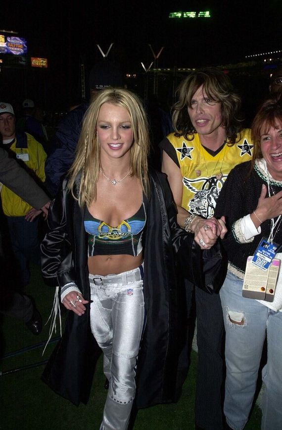 Britney-Spears-Steven-Tyler-Super-Bowl-2015