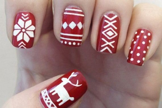 Festive-Nail-Looks-Winter