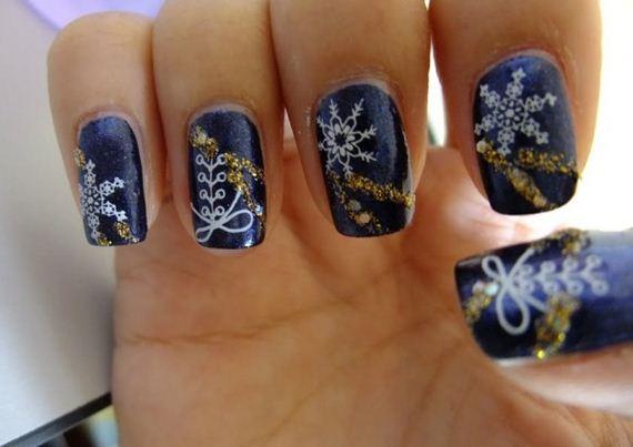 Festive-Nail-Looks-Winter