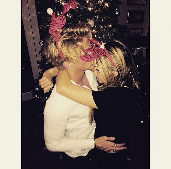 Gigi-Hadid-Cody-Simpson-Cutest-Moments-Pictures