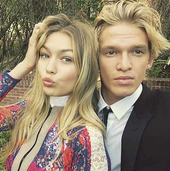 Gigi-Hadid-Cody-Simpson-Cutest-Moments-Pictures