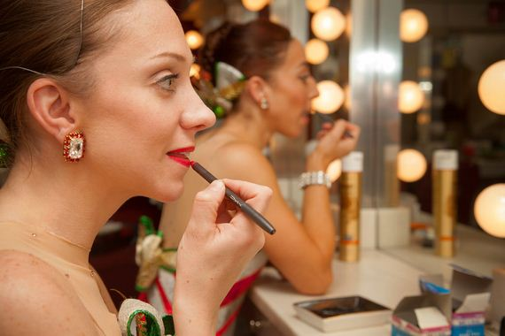 Rockettes-Makeup-DIY