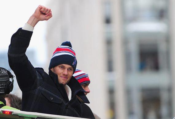 Tom-Brady-Kids-Super-Bowl-Parade-2015