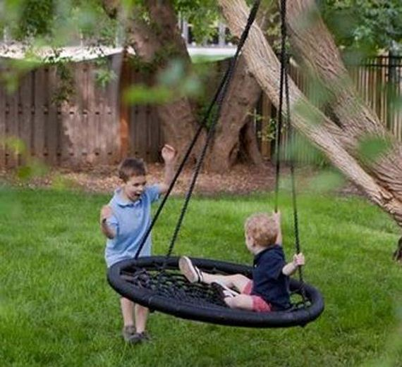 12 Great Ideas For A Modest Backyard: Amazingly DIY Patio And Garden Swings