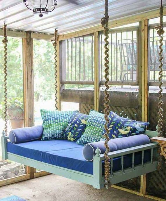 Ordinaire Great The Hanging Bed Ropes Around Chain With Sofa