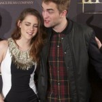 kristen_stewart_and_robert_pattinson_will_be_spending_christmas_together