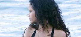 Rihanna – In a bikini vacationing in Sicily – Italy
