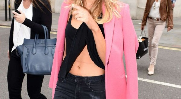 Kimberley Garner – Zeynep Kartal Fashion Show in London