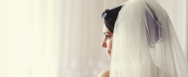 5 Things Every Bride Thinks on Her Wedding Day