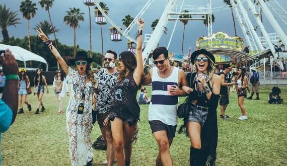 01-Coachella-2015-Trends-Looks