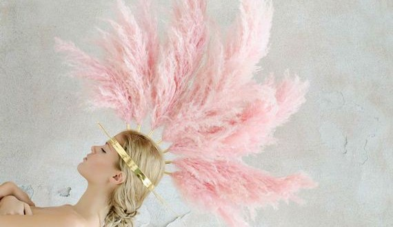 01-Pretty-in-pink