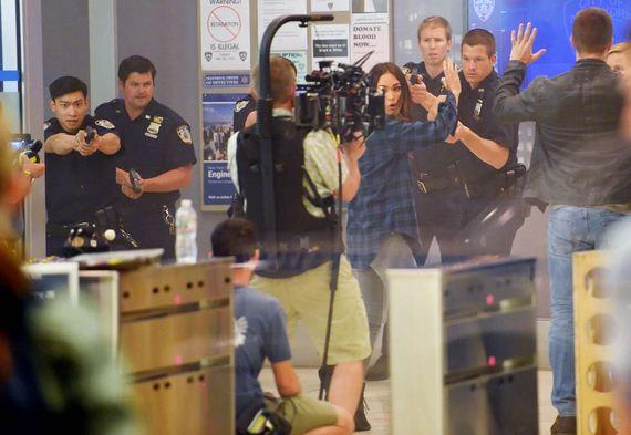 Megan-Fox-arrested-tmnt2-004