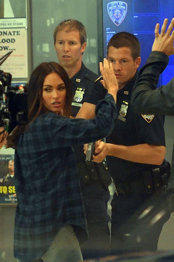 Megan-Fox-arrested-tmnt2-006