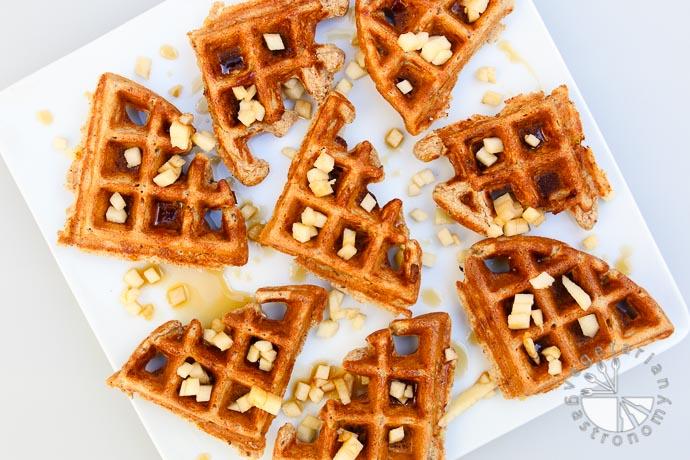 Apple-Cinnamon-Waffles