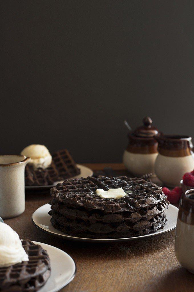 Dark-Chocolate-Zucchini-Cake-Waffles