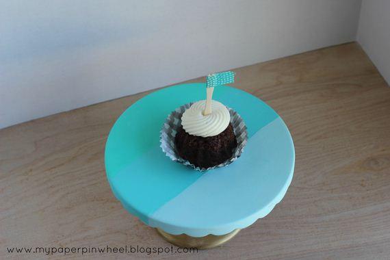 03-Cake-Stands