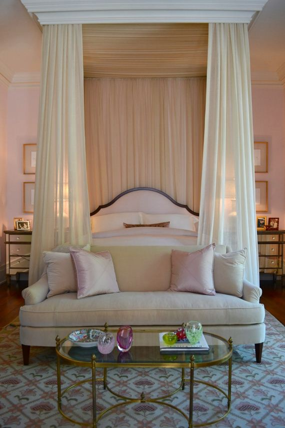 03-Canopy-Beds