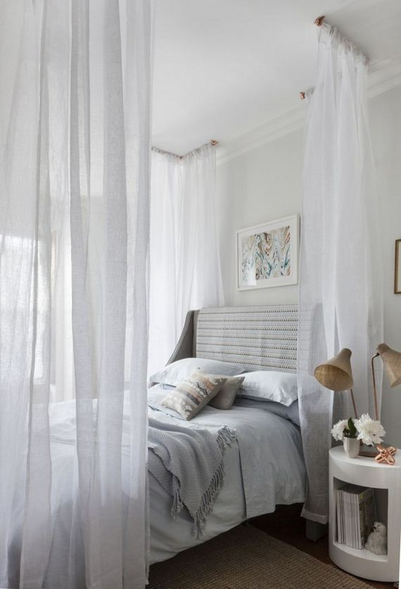 13-Canopy-Beds