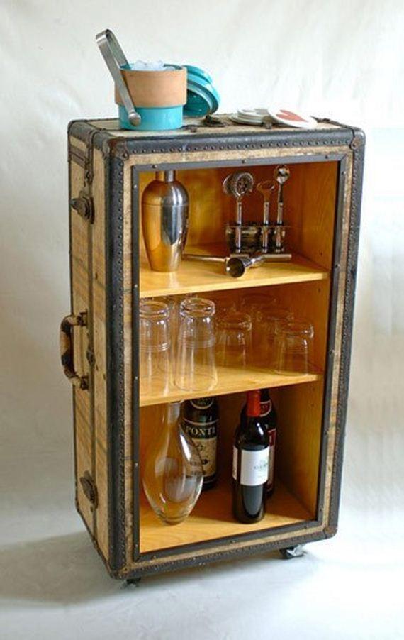 17-Vintage-Suitcases