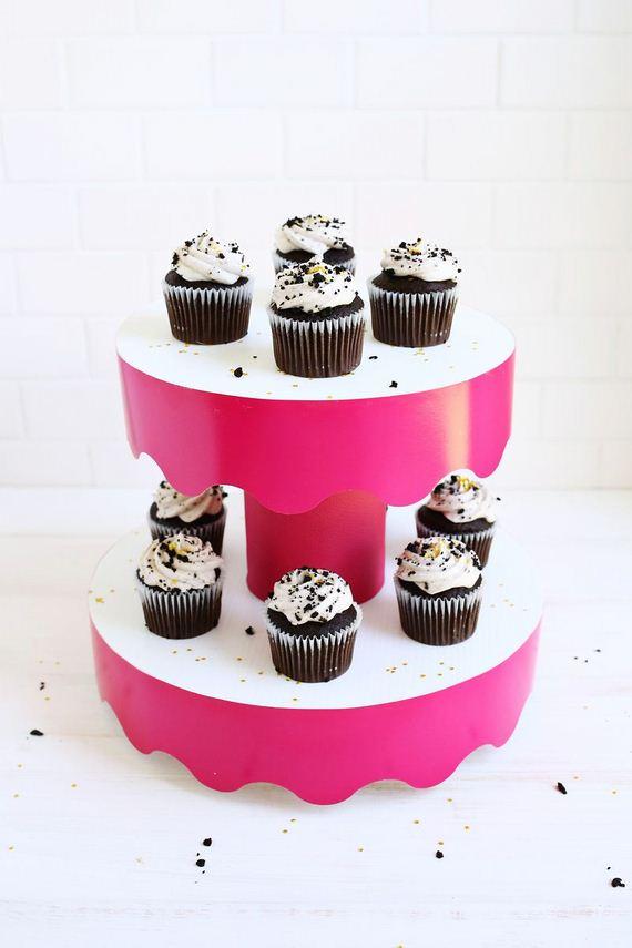 24-Cake-Stands
