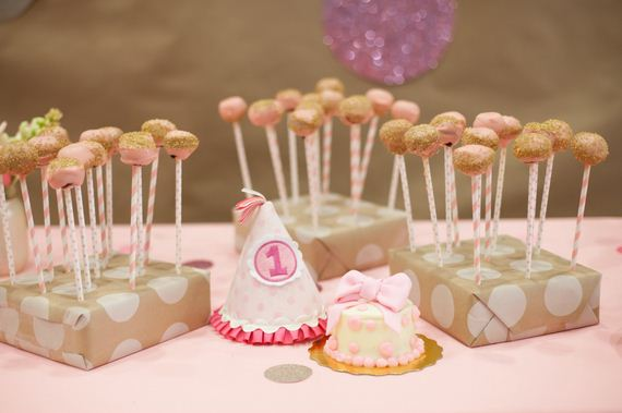 37-Cake-Stands