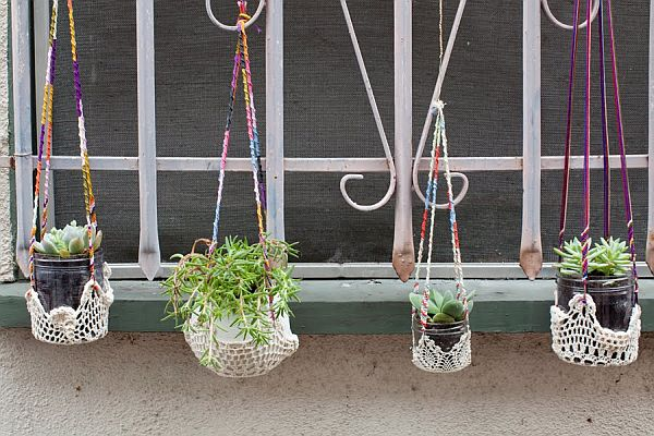 Colorful-Hanging-Window-Planters4