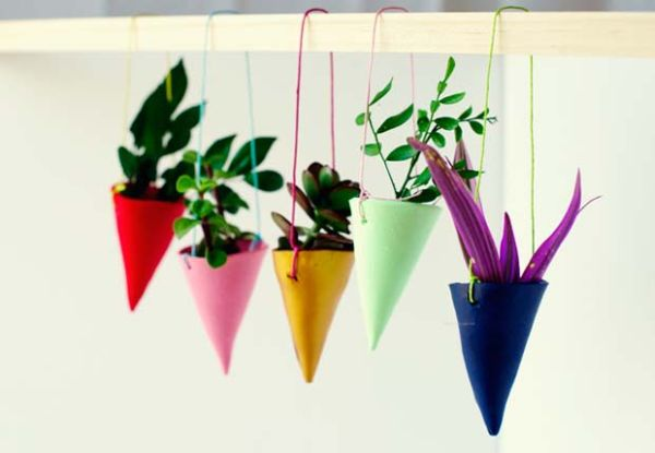 DIY-Miniature-Hanging-Garden-by-Penelope-and-Pip
