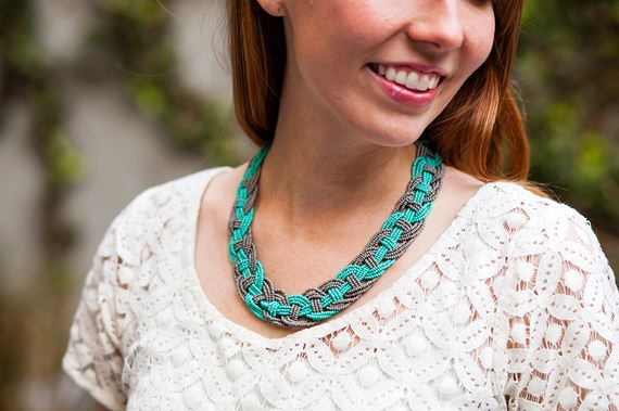 01-Beautifully-Colorful-DIY-Necklaces