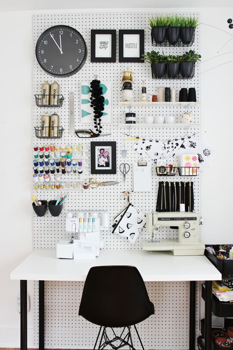 01-Pegboards