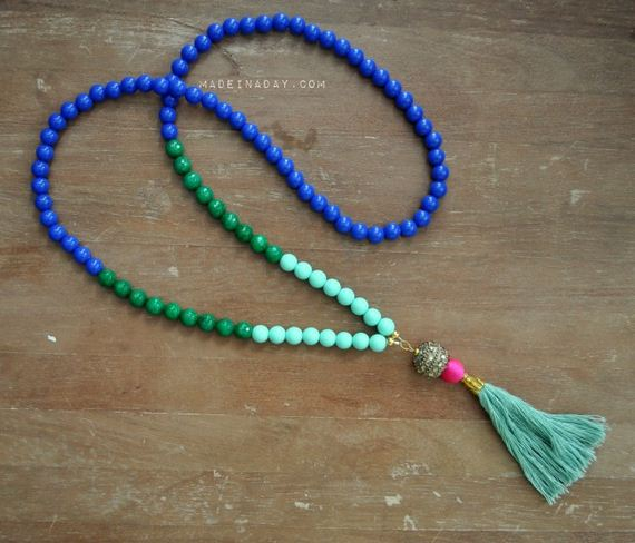 02-Beautifully-Colorful-DIY-Necklaces