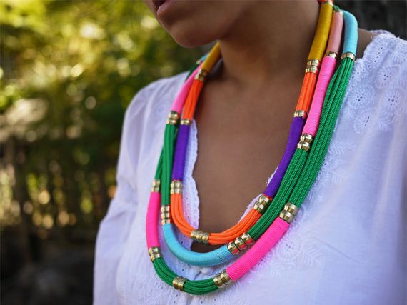03-Beautifully-Colorful-DIY-Necklaces